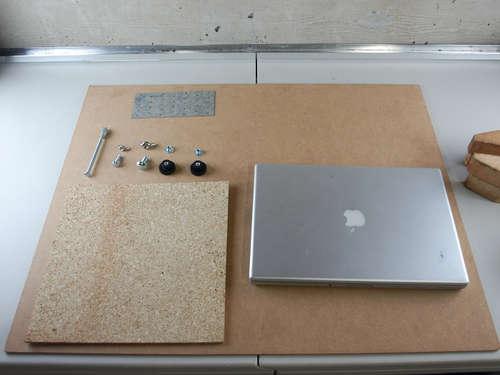 Tripod Laptop Masasi : www.KendinYapSitesi.com