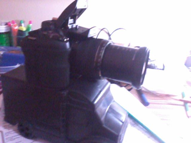 Kendin Yap, Oyuncak araba ile Kamera Tutucu Yapimi, www.kendinyapsitesi.com