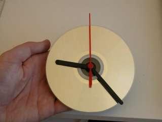CD-DVD lerden duvar saati yapımı