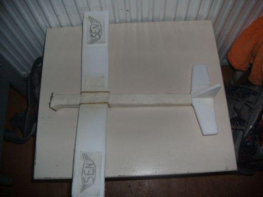kaprondan model serbest planör : www.KendinYapSitesi.com